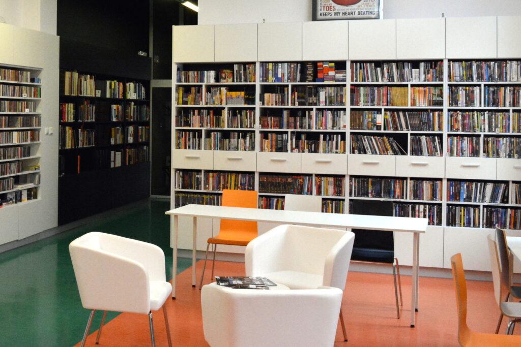 Biblioteka Centralna - wnętrze biblioteki